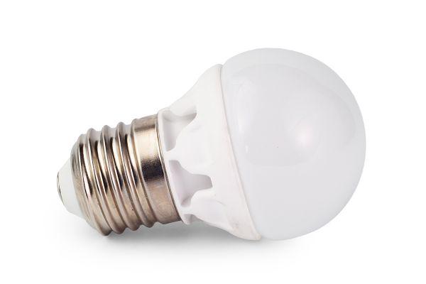 Akce: LED ��rovka E27 6W 540lm tepl� G45 3+1 zdarma