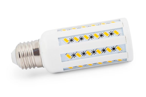 LED žárovka E27 12W 960lm studená, ekvivalent 75W