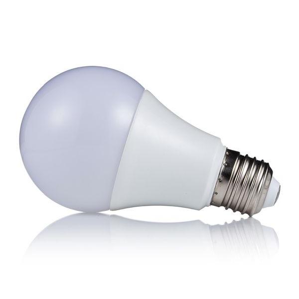Akce: LED žárovka E27 18W 1620lm studená 3+1