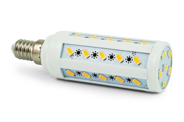 Akce: LED žárovka E14 8W 720lm teplá 3+1