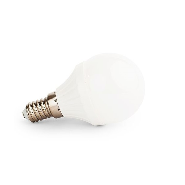 Akce: Stmívatelná LED žárovka E14 8W  720lm G45 teplá 3+1
