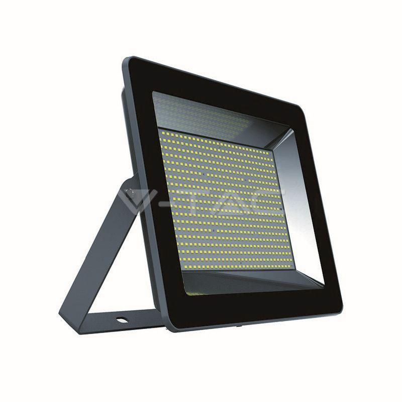 Ultratenký LED reflektor černý 200W 17000lm studená