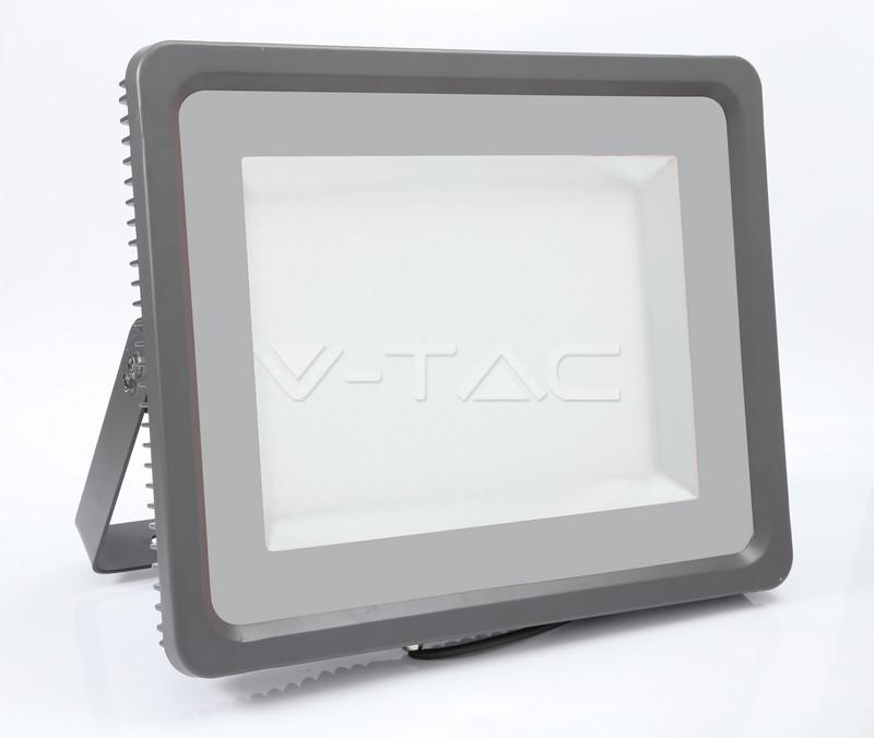 Ultratenký LED reflektor černý 500W 60000lm studený