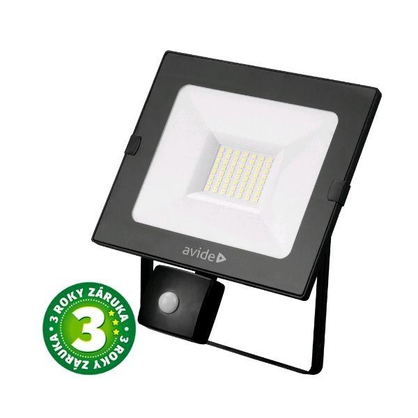 Prémiový ultratenký LED reflektor s čidlem pohybu černý 30W 2250lm, denní, 3 roky