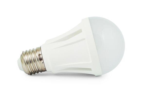 LED ��rovka E27 10W 900lm tepl�, ekvivalent 70W