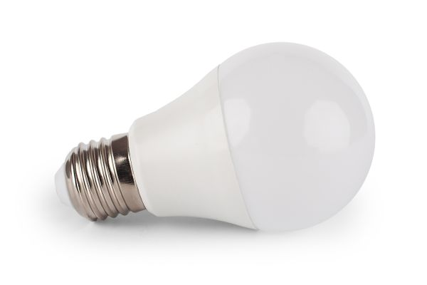 LED žárovka E27 10W 900lm studená, ekvivalent 75W